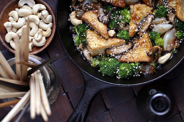 Sticky Vegan Cashew Stir-Fry