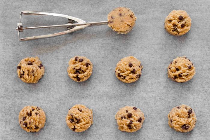 Grain-Free Almond Chocolate Chip Cookies